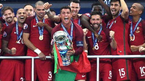 Il trionfo del Portogallo ad Euro 2016 (immaine presa da it.eurosport.com )